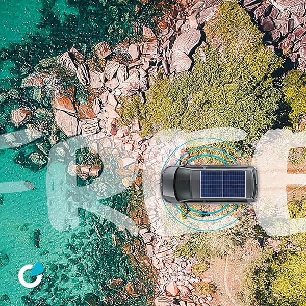 VW Volkswagen T6 Tuning Konzept von SCEND TUNING für Mutlivan und Caravan-Modelle mit hoher Leistungssteigerung, Solaranlagen, ABT Chiptuning, Motortuning und Konnektivität, Luftaufnahme von Meer